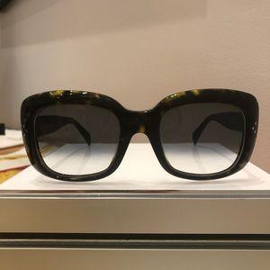 New CÉLINE CL 41044/S TV Screen Square Sunglasses